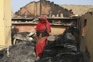 भारत-पाक सीमा पर युद्ध जैसे हालात, हजारों लोगों ने छोड़े घर और कई गांव वीरान