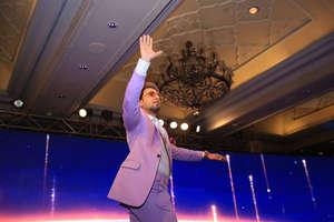 News18 India Rising:  नाचते हुए मंच पर पहुंचे रणवीर सिंह, देखें सबसे अलग तस्वीरें..!