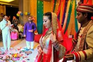 भारतीय दूल्हा और चीनी दुल्हन, कुछ इस अंदाज में हुई चीन में शादी