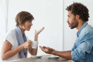 #Relationship: 6 सवाल जो भूलकर भी न पूछें पार्टनर से, दिल से उतर जाएंगे आप
