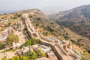 भारत में है दुनिया की दूसरी सबसे लंबी दीवार, यहां दौड़ सकते हैं एक साथ 10 घोड़े