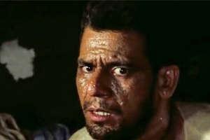 कभी चेहरे के दाग देखकर रिजेक्ट कर दिए गए थे ओम पुरी, बाद में ली अमिताभ बच्चन की जगह