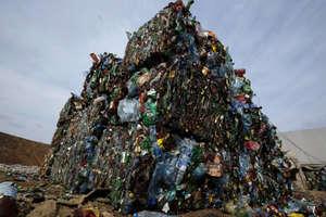 जापान में लगा कचरे का ढेर, जानिए क्या है वजह