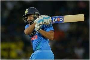 वेस्टइंडीज के खिलाफ वनडे सीरीज में सचिन-सौरव का ये रिकॉर्ड तोड़ सकते हैं 'हिटमैन'