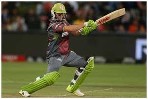 एबी डीविलियर्स ने लौटते ही किया धमाका, ठोका तूफानी अर्धशतक, पूरे किए अपने टी20 में 300 छक्के