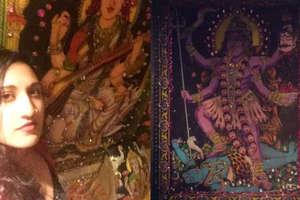वॉशरूम में लगी थी हिन्दू देवी-देवताओं की तस्वीरें, इस लड़की ने लगाई क्लास
