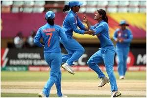 ICC Women's World T20: सेमीफाइनल में एंट्री करने के लिए उतरेगी टीम इंडिया लेकिन इस गेंदबाज से है खतरा!