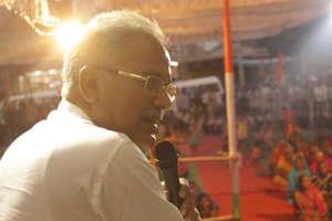 CM के नाम का ऐलान होने के बाद भूपेश बघेल ने लिया बड़ों का आशीर्वाद, सामने आईं तस्वीरें