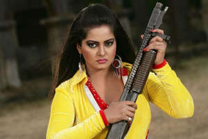 'लेडी रजनीकांत' के नाम से मशहूर है ये भोजपुरी एक्ट्रेस