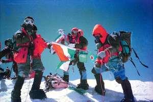 जानिए साउथ पोल पर तिरंगा लहराने वाली IPS की कहानी, यूपी से अंटार्कटिक का सफर