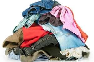 पैसे कमाने के लिए कहीं जानें की जरूरत नहीं, घर बैठे पुराने कपड़े बेचकर हों मालामाल!