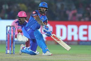 IPL 2019: तूफानी फिफ्टी लगाकर शिखर धवन ने किया कमाल और रोहित शर्मा जहां थे वहीं रह गए