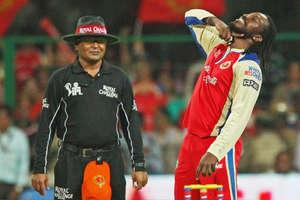 आज के दिन क्रिकेट में आया था 'गेल स्टॉर्म', 66 बॉल, 175 रन, 17 छक्के और 13 चौके