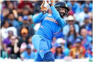 ICC Cricket World Cup 2019: रवींद्र जडेजा ने जमाई ताबड़तोड़ हाफसेंचुरी, टीम इंडिया को हुई टेंशन!
