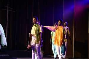 MP ट्राइबल म्यूजियम में नाटक का मंचन, संत कबीर के दिखे...