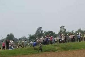 PHOTOS: सामने आई सोनभद्र नरसंहार की दिलदहलाने वाली तस्वीरें