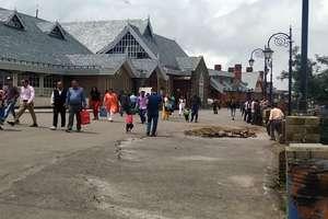 PHOTOS: शिमला के ऐतिहासिक रिज मैदान में फिर आईं दरारें