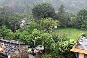 अफसरों की लापरवाही से डूब न जाए उत्तराखंड का यह गांव