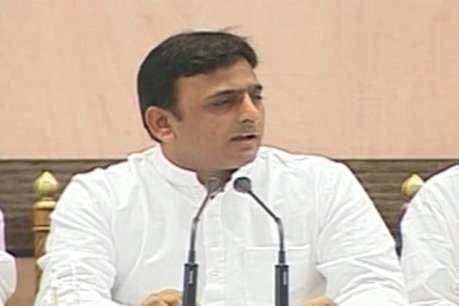 'UPA को समर्थन जारी रखने पर अंतिम निर्णय मुलायम लेंगे'