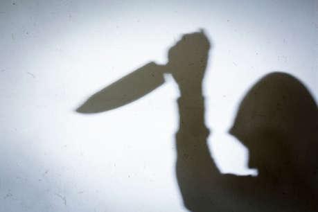 पतंग के लिए दो रुपये मांगे तो पिता ने पांच साल के बेटे को चाकुओं से गोदा