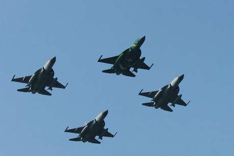चीन की मदद से पाकिस्तान ने बढ़ाई हवाई ताकत, 16 जेएफ-17 लड़ाकू विमान बेड़े में शामिल