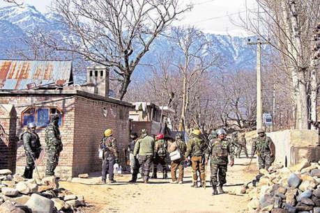 हंदवाड़ा में आतंकियों के साथ सुरक्षाबलों की मुठभेड़, छिपे हैं 6 आतंकी