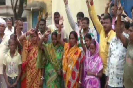 झारखंड: पानी के लिए परेशान लोगों ने पानी टंकी में जड़ा ताला