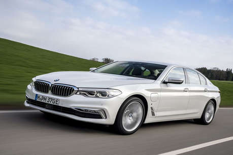 Image result for BMW ने उतारा इस धांसू गाड़ी