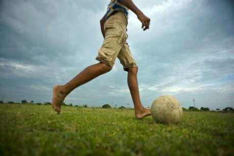 हड्डियों के लिए फायदेमंद है हफ्ते में बस तीन घंटे फुटबॉल खेलना
