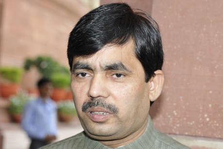 कर्नाटक में कांग्रेस जनादेश का अपमान कर रही: शाहनवाज हुसैन
