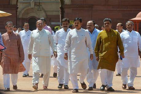 राष्ट्रपति चुनाव: गुजरात कांग्रेस में क्रॉस वोटिंग के डर के बीच पहला पड़ाव पार