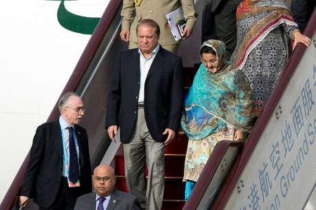 लाहौर उप-चुनाव: शरीफ की पत्नी का विपक्षी उम्मीदवार को कड़ी टक्कर