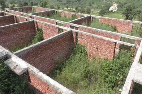 उत्तरकाशी में बजट के अभाव में रुका स्कूल भवन का निर्माण