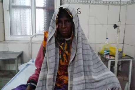 तेंदुए ने किया महिला पर हमला, इस तरह बचाई जान