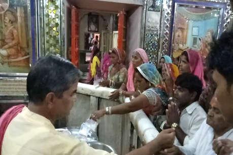 रामदेवरा में गुलजार हुआ माहौल, चारभुजानाथ मीरा बाई के दर्शन के लिए उमड़े श्रृद्धालु