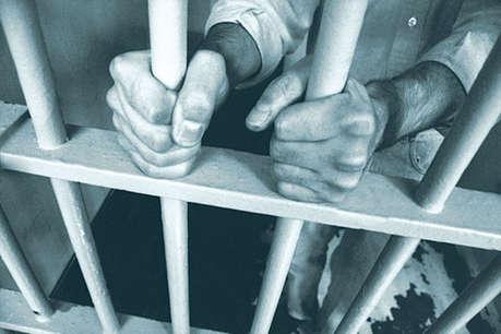 7 किलो सोना लूट के आरोपी 2 इनामी बदमाश गाजीपुर में गिरफ्तार