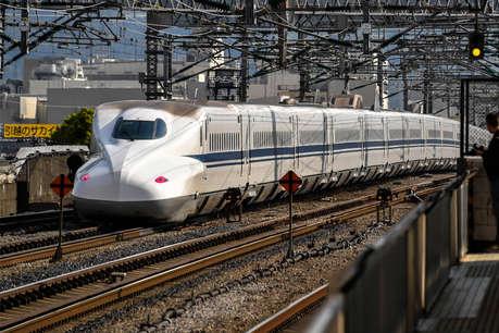 आगे-आगे देखिए, मोदी जी देश के इन हिस्सों में भी चलाएंगे बुलेट ट्रेन!