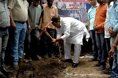 अमित शाह के सामने शर्मसार हुई थी BJP, अब मोदी के बर्थडे पर दिया ये तोहफा