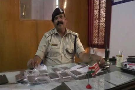 ग्वालियर पुलिस ने लुटेरा गैंग को पकड़ा, 11 मोबाइल और बाइकें जब्त