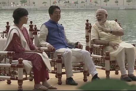 भारतीय परिधान में दिखे जापानी पीएम शिंजो आबे और उनकी पत्नी
