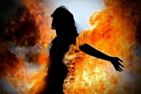 MP में गैंगरेप के बाद नाबालिग लड़की को जिंदा जलाया