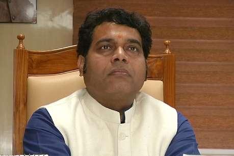 Gorakhpur By-election Result: गोरखपुर डीएम पर सपा के आरोप पर बोली बीजेपी- अखिलेश यादव ने रखा था