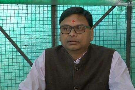अनाज के घोटाले मेंजांच के पहले ही मंत्री दे रहे अफसरों को क्लीन चिट
