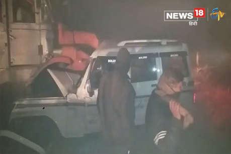 तेज रफ्तार ट्रक से भिड़ी बोलेरो, एक ही परिवार के पांच लोगों की मौत