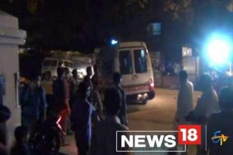 ट्रक और पिकअप में भीषण भिड़ंत, छात्र समेत चार की मौत, 6 लोग घायल