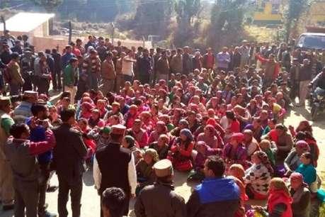 SDM ऑफिस विवाद : अपने ही गृह हलके में घिरे सीएम जयराम ठाकुर