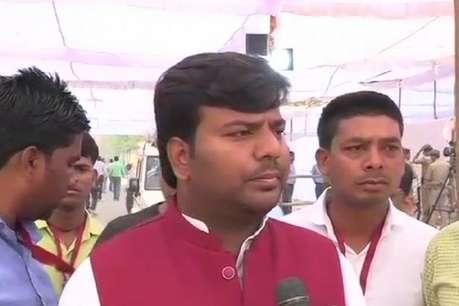 गोरखपुर चुनाव परिणाम: सपा के प्रवीण निषाद बोले- जीत का भरोसा लेकिन ईवीएम पर नहीं