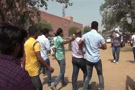 धर्मांतरण करवाने के प्रयास का आरोप, दो युवकों की पिटाई