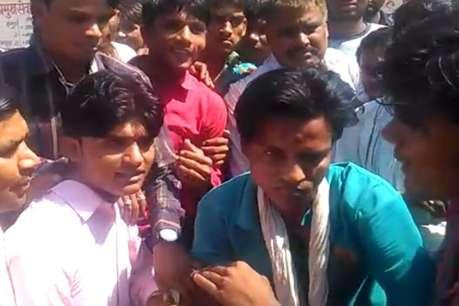 हिण्डौन सिटी के अस्पताल में जेब काटते पकड़ा गया जेबकतरा