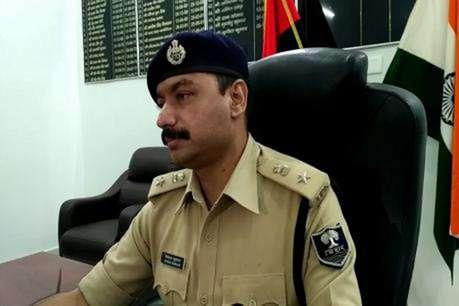 मुजफ्फरपुर SSP विवेक कुमार सस्पेंड, 30 घंटे से जारी है छापेमारी